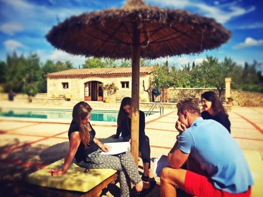Lernen am Pool